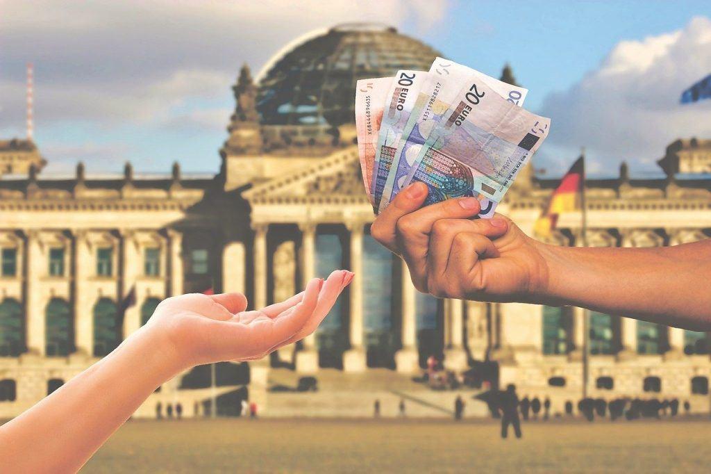 Mit dem iGraal Cashback Programm bares Geld sparen.
