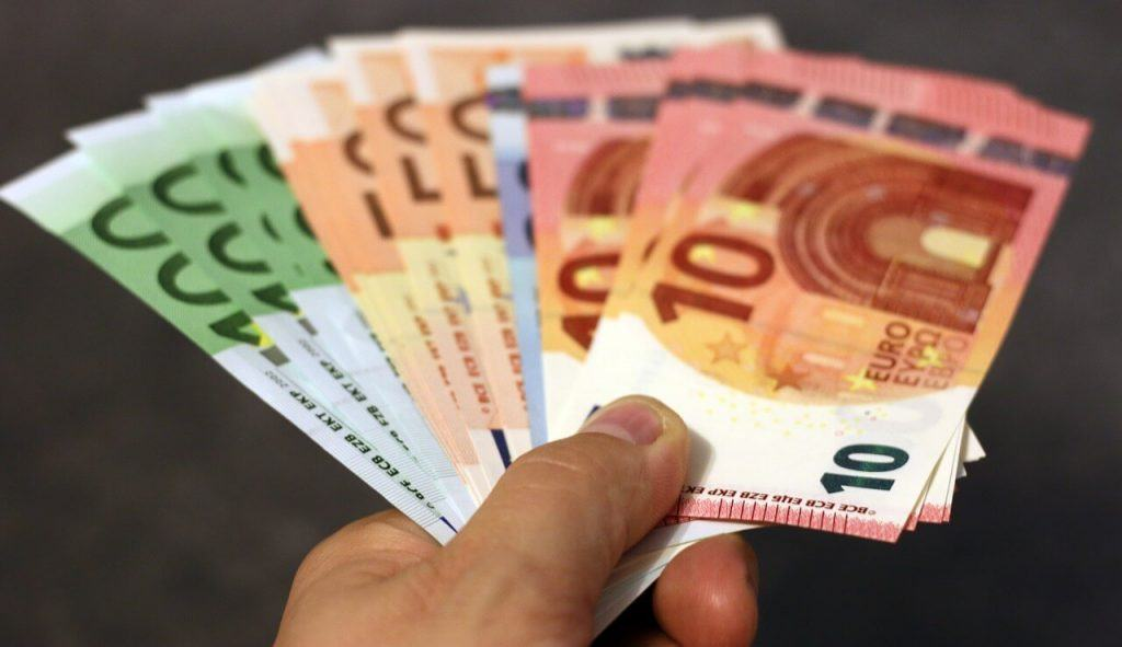 Mehr finanielle Freiheit mit PAID4